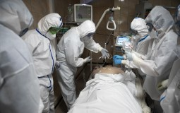 U SAD više od 100.000 umrlo od korona virusa