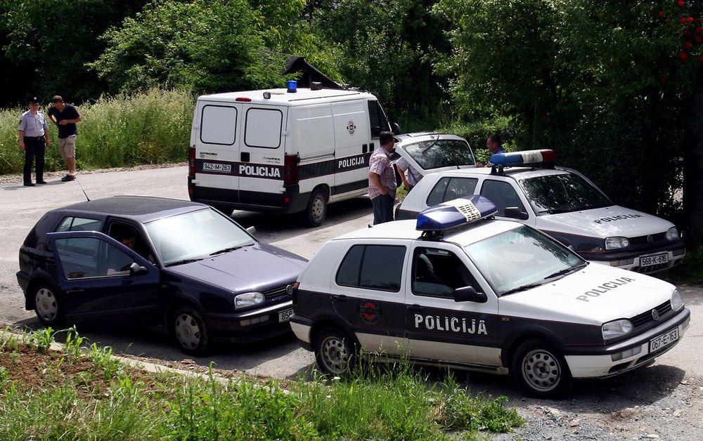 U ŠUMI KOD BOGOJNA PRONAĐENO TELO NESTALOG POLICAJCA: Gorska služba, policija, meštani i porodica su tragali za njim od utorka