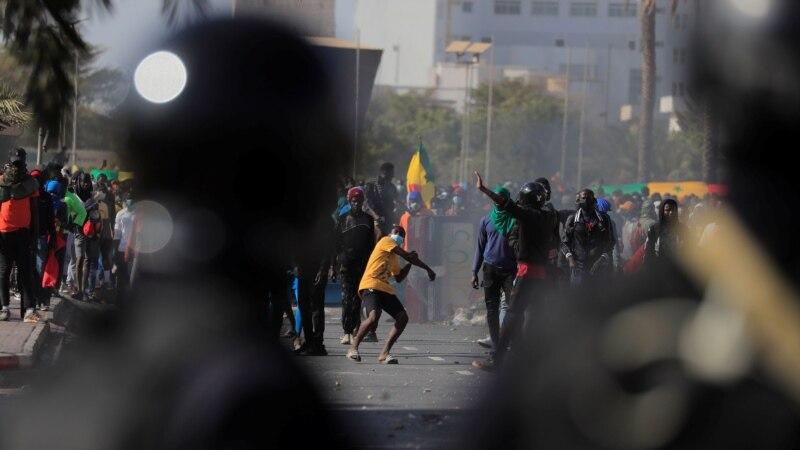 U Senegalu neredi na skupu pristalica opozicionara Usmana Sonka