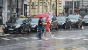 U Srbiji danas oblačno, ponegde pljuskovi i grmljavina