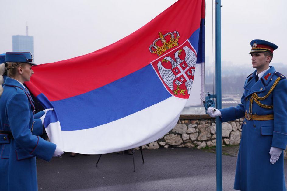 Vučić u Takovu: Živite za te zastave, bićemo nesalomiv orah