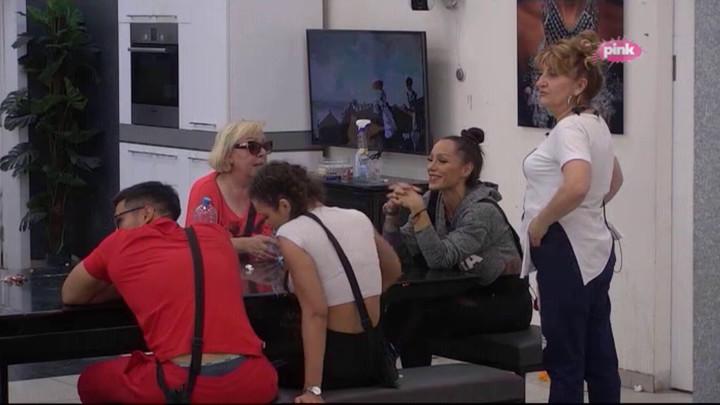 U Zadruzi su imale ŽUČNU SVAĐU, a sada je Ljuba progovorila o svom odnosu sa Zoricom Marković! (VIDEO)