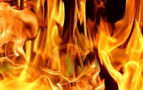 U Zagrebu izgorjelo osam stanova