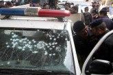 U bombaškom napadu u Pakistanu poginuo policajac, dvojica ranjena