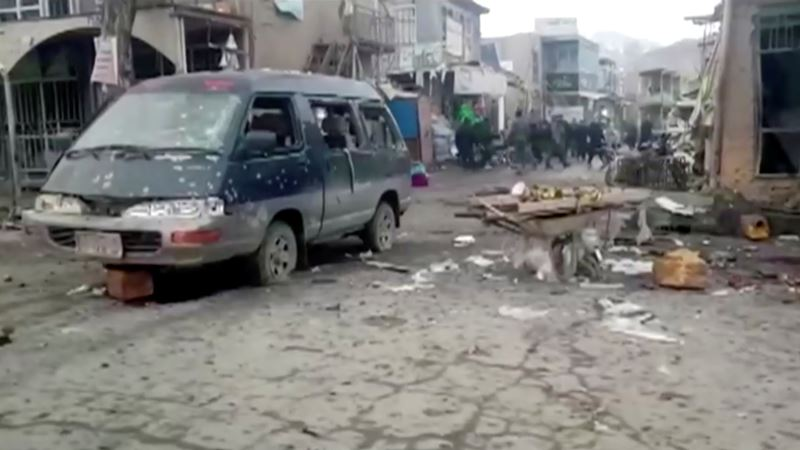 U dvostrukom napadu u inače bezbednoj avganistanskoj pokrajini ubijeno 14 ljudi