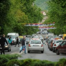 U Italiji pozitivno ocenjuju napore Srbije: Srpsko rukovodstvo zauzelo odgovoran stav, Priština da povuče takse!