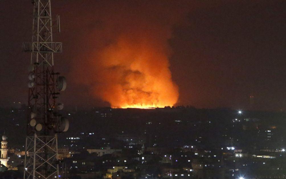 Hamas ispalio 130 raketa na Tel Aviv - hiljade ljudi ide ka skloništima; Izraelska avijacija srušila soliter od 13 spratova u Gazi (VIDEO)