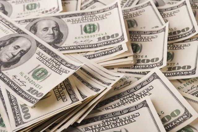 U menjačnicu po dolare samo sa ličnom kartom - zašto?