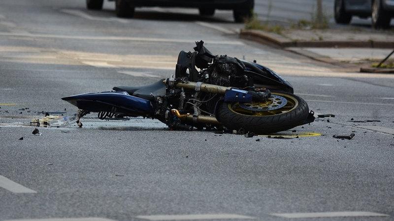 U nesreći na Zrenjaninskom putu povređen motociklista
