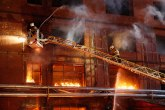 U požaru u centru Niša izgorela dva stana, treći oštećen