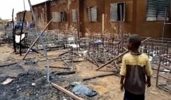 U požaru u osnovnoj školi u Nigeru stradalo 20 djaka