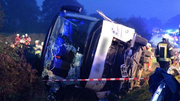 U saobraćajnom udesu u Nemačkoj povređeno 32 putnika