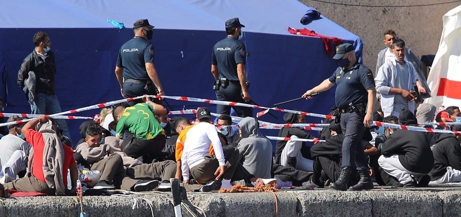 U špansku enklavu u Africi ilegalno ušlo 2.700 Marokanaca