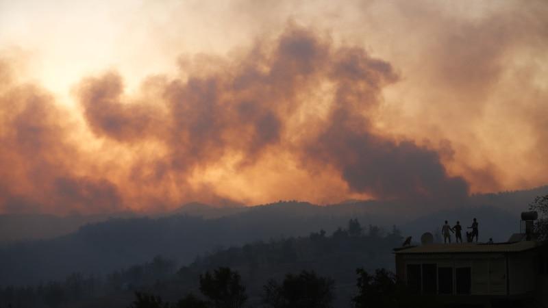 U šumskim požarima u Turskoj šestoro poginulih