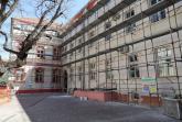 U toku završni radovi na revitalizaciji dvorišnog dela fasade Gimnazije Svetozar Marković FOTO
