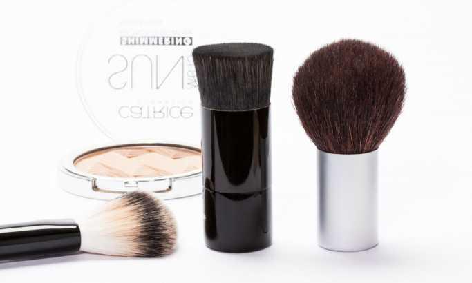 U vašem setu za šminku može da se krije opasnost