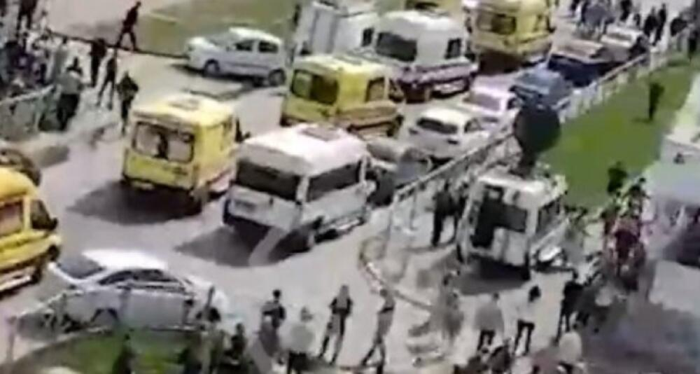 UBIJEN JEDAN NAPADAČ NA ŠKOLU U RUSIJI A DRUGI UHAPŠEN! U pucnjavi stradalo 10 đaka i učiteljica UZNEMIRUJUĆI VIDEO