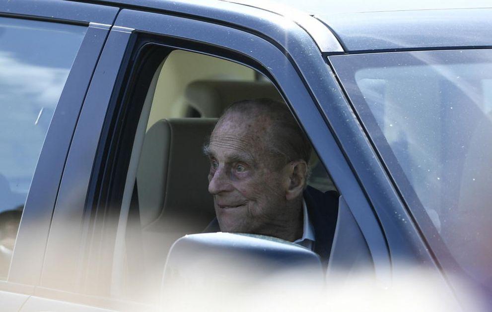 UČESTVOVAO ZA ŽIVOTA LIČNO U NJEGOVOM DIZAJNIRANJU: Princ Filip do kapele Sent Džordž biće prevezen posebnim Lend Roverom