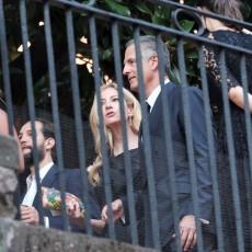 UDALA SE ROĐAKA LEJDI DI: Raskošna venčanica i TIJARA kakvu je princeza NOSILA na svom venčanju sa Čarlsom