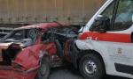 UDES U KRALjEVU: Sudar tri automobila i vozila Hitne pomoći, povređena žena (FOTO)