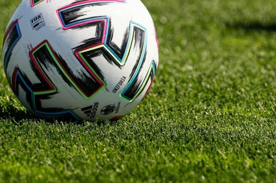 UEFA POHVALILA SUDIJE: Evropska kuća fudbala zadovoljna radom delilaca pravde na EURU