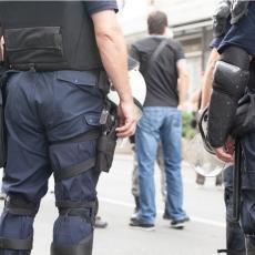 UHAPŠEN PAR IZ BEOGRADA: Sumnja se da su skidali zujalice sa robe, trpali u torbe, a zatim prodavali na internetu