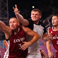 UMALO OPET DA IZNENADE: Rusi ipak pali, Letonija osvojila ZLATO u basketu