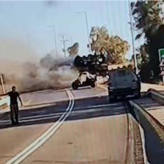 UNIŠTEN IZRAELSKI TENK! Hamas gađao vojni konvoj nadomak Gaze, Merkava u plamenu?! (FOTO)