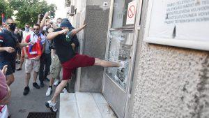 UNS osudilo nasilje nad novinarima i medijskim radnicima tokom demonstracija