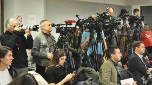 UNS upozorava da raste broj napada na novinare u Srbiji
