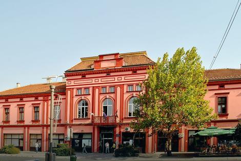 USVOJEN NOVI KUĆNI RED GRADA Kazne za trešenje stoljnjaka kroz prozor, nenajavljene proslave