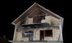UŽAS KOD SMEDEREVA: Muškarac hteo da zapali kuću, pa se zapalio, plamen zahvatio i njegove roditelje! (Foto)