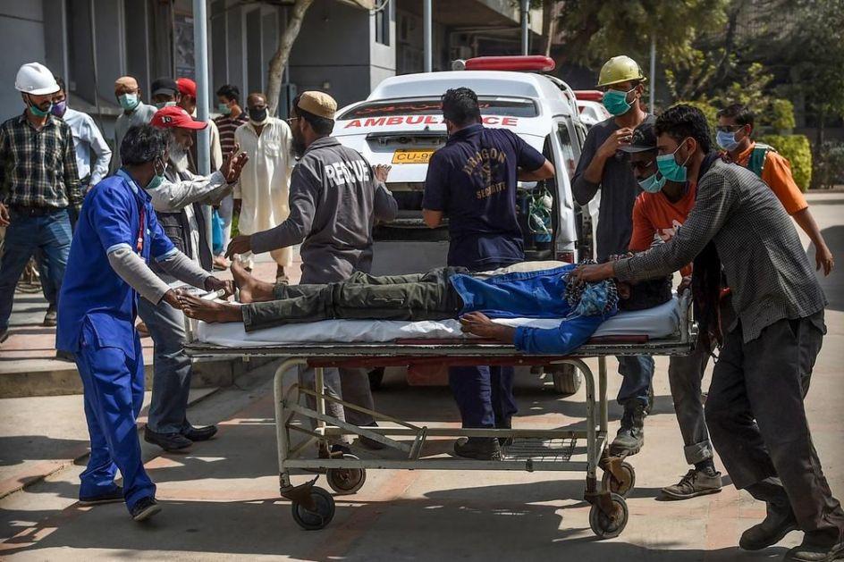 UŽAS U PAKISTANU: 9 ljudi umrlo, a 650 je otrovano nakon curenja toksičnog gasa u Karačiju (VIDEO)