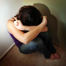 UŽAS U ŠKOLI: Devojčicu više puta GRUPNO SILOVALI vršnjaci i NASTAVNICI