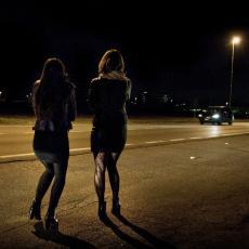 UŽAS U SUBOTICI! Dvojica momaka terali ženu da se bavi prostitucijom, uzimali joj sav ZARAĐEN NOVAC!