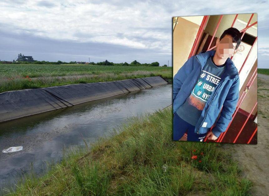 UŽASNA TRAGEDIJA: Dečak se zapetljao u travu u kanalu, drug skočio da mu pomogne, pa se obojica udavili!