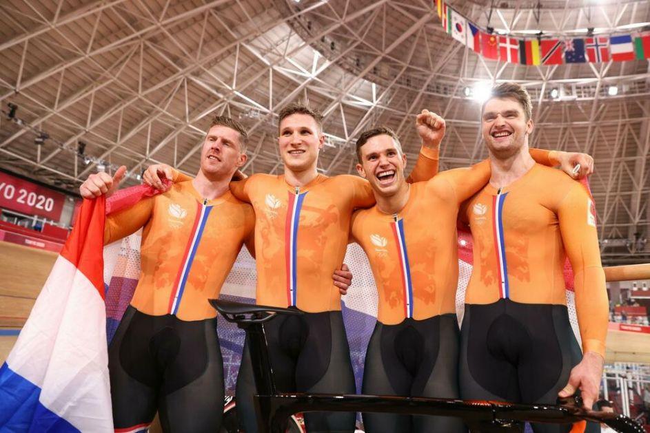 UZELI MEDALJU I OBORILI REKORD: Holandski biciklisti osvojili olimpijsko zlato u ekipnom sprintu