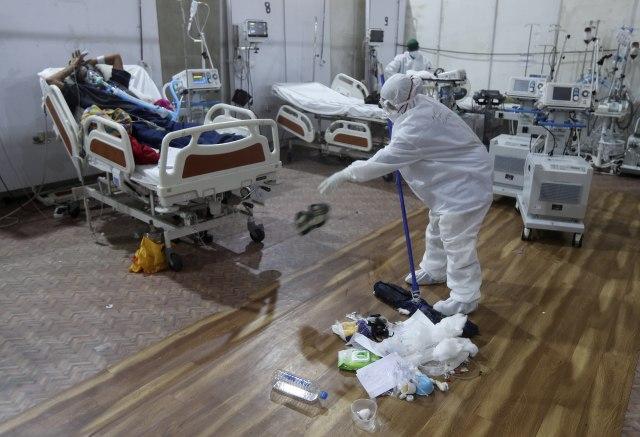 Ublažavanje mera?; BiH treća u svetu po broju umrlih