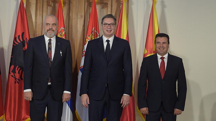 UŽIVO NA TV PINK I PINK.RS Vučić: Uklanjaćemo barijere, do kraja 2021. da napravimo uslove da uz ličnu kartu prelazite granicu sa Albanijom