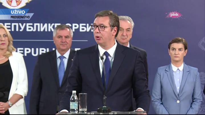 UŽIVO NA TV PINK I PINK.RS! Vučić nakon istorijskog sastanka sa predstavnicima Srba iz Republike Srpske: Bilo kakav sukob značio bi ekonomski krah i kraj dobre budućnosti!