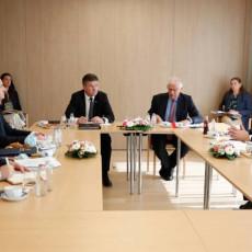 Vučić se obratio iz Brisela: Albanska strana ne želi da ispuni svoje obaveze (FOTO/VIDEO)