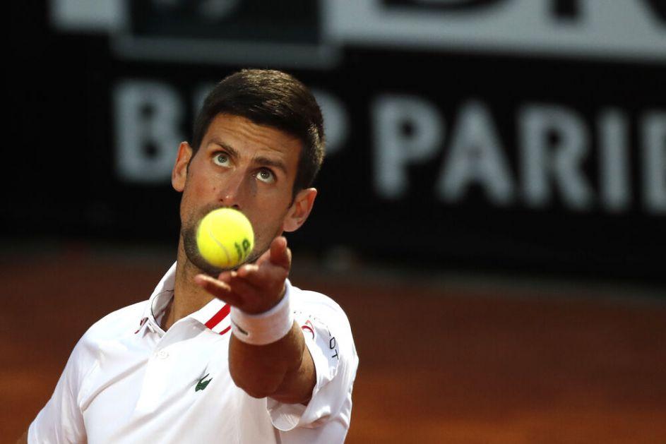 NOVAK SAMLEO ŠPANCA: Đoković POČISTIO Davidovič Fokina za četvrtfinale Mastersa u Rimu (VIDEO)