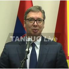POTPISAN MEMORANDUM: Vučić u Skoplju Nemamo kada da gledamo u prošlost, već da idemo snažno u budućnost (FOTO/VIDEO)