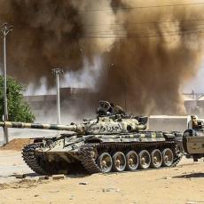 (UZNEMIRUJUĆI FOTO) SCENE HORORA DOLAZE IZ AFRIČKE ZEMLJE: Pripadnici anti-terorističke jedinice MASAKRIRANI!