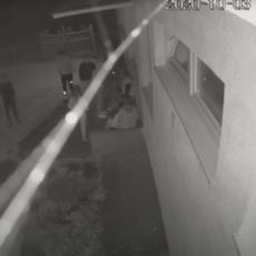 (UZNEMIRUJUĆI VIDEO) HAOS KOD PRIŠTINE: Napadač pucao u blizini škole u kojoj su bila srpska deca