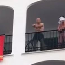 (UZNEMIRUJUĆI VIDEO) Muškarac počinio KRVAVI PIR u Španiji naočigled prestravljenih turista: SNIMAK KLANJA OBILAZI SVET!