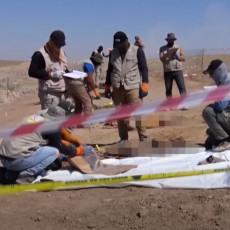 (UZNEMIRUJUĆI VIDEO) Pronađena masovna grobnica u Iraku: Porodice ubijenih zahtevaju odgovore