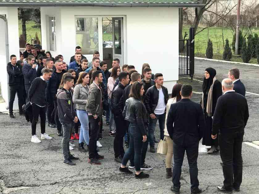 Učenici Srednje stručne škole u Rožajama posjetili Internacionalni Univerzitet