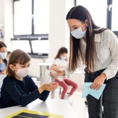 Učenici u Srpskoj ponovo u školama: U jednom gradu ostaće kod kuće zbog nepovoljne epidemiološke situacije