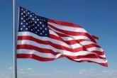 Udar groma pocepao najveću američku zastavu na svetu FOTO/VIDEO